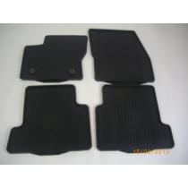 Fußmattensatz Gummi 4-teilig für den neuen Ford Kuga II 2012-2015